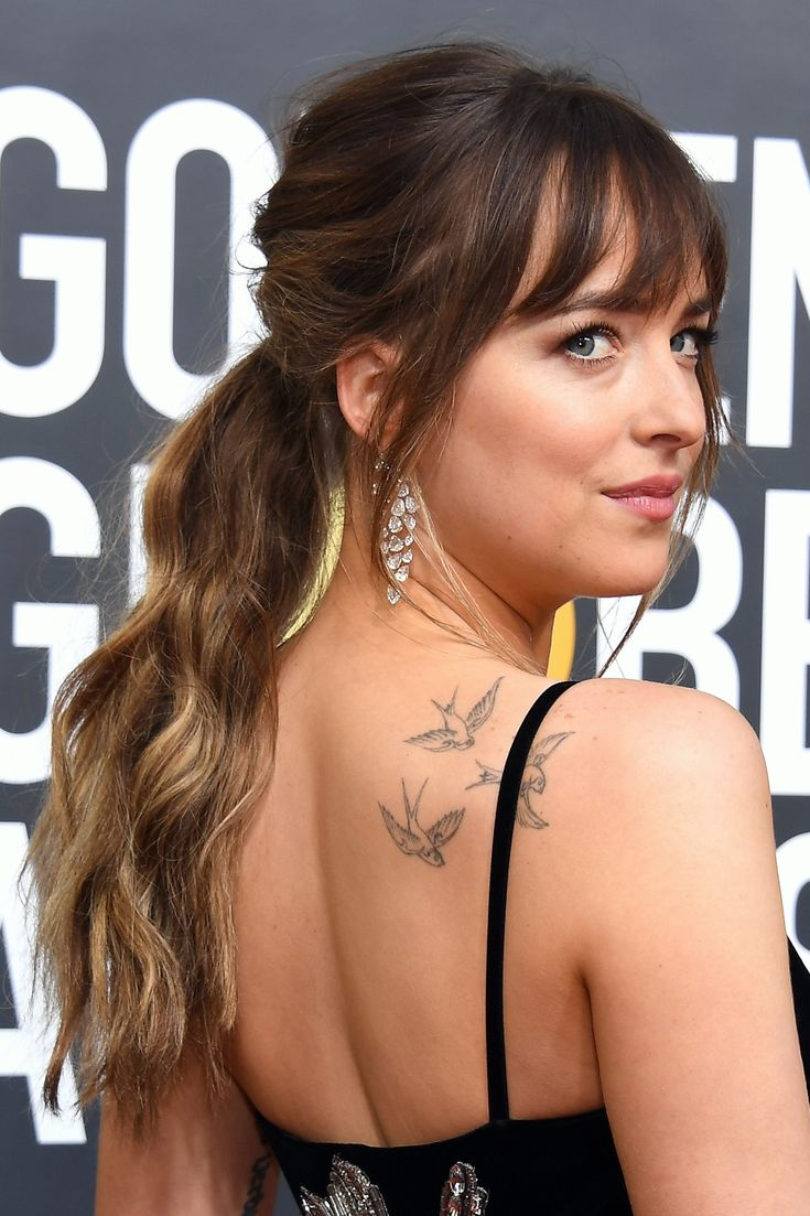 The Best Beauty Looks from the 2018 Golden Globe Awards - Dakota Johnson from InStyle.com