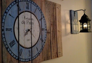DIY Wall Pallets and Reclaimed Wood projects