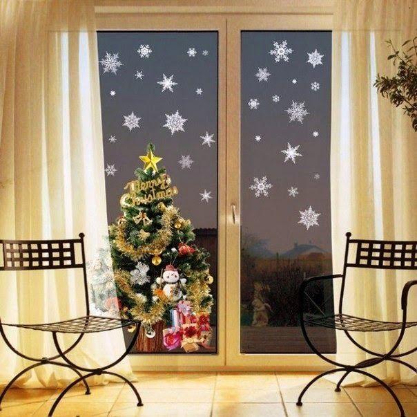 8 Ideas fabulosas para decorar nuestras ventanas en Navidad  Bienvenidos amigos a Mimundomanual.com ,el día de hoy te traemos ideas muy bo...