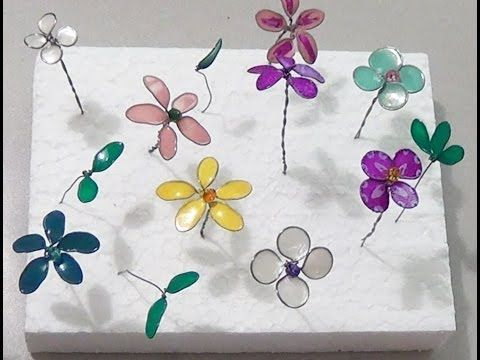 E gli smalti diventano delicati fiorellini colorati (VIDEO TUTORIAL) - ilbuongiorno.it