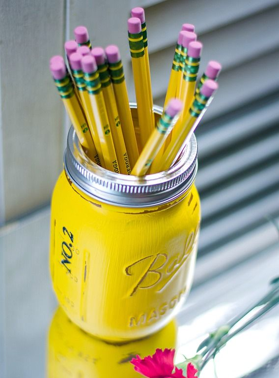Back to school teacher gift ideas. Pencil holders made from mason jars. Painted and distressed to look like pencil, ruler, and, chalkboard. Easy DIY ...