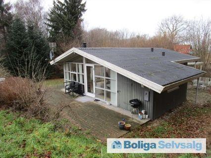 Alrøvej 16, Bønnerup Str, 8585 Glesborg - Lækkert sommerhus for enden af blind vej, beliggende op mod skov #fritidshus #sommerhus #glesborg #selvsalg #boligsalg #boligdk