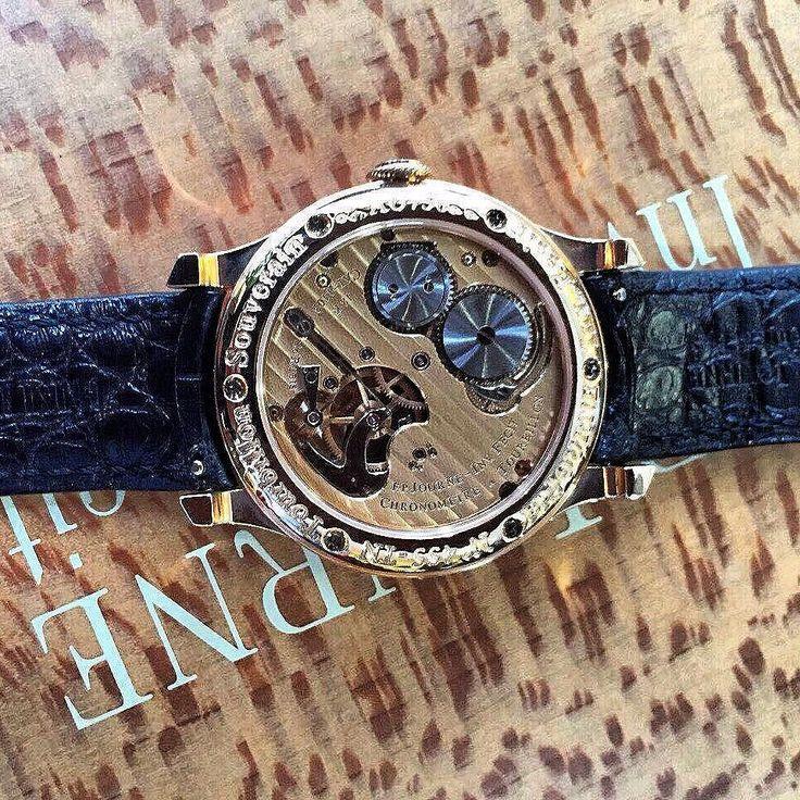 F.P. Journe dead second tourbillon souveriane Like new box and papers Limited edition rose gold Price:$ waiting for offer #watchloop #luxurywatch #breguet #audemarpiguet #hublotofficial #rolex #bovet #blancpain #chopard #frankmuller #ulyssenardin #degrisogono  #richardmille #parmigiani #urwerk #patekphilippe #alangesohne #panerai #jaegerlecoultre #blancpain #hublot #vancleef #IWC #hyt #chopardwatch #harrywinston #debethune #breguetwatch  #ulyssenardin  #arnoldandson #fpjourne by luxurywatch…