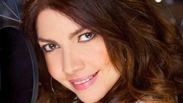 Cristina D'Avena: Festivalmar è il nuovo singolo (Video)