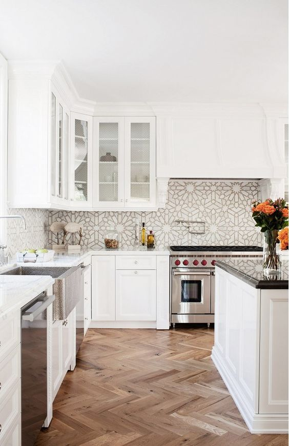 Patterned Tile Ideas | Ways to Use Statement Tile to Wow | Hadley Court Interior Design #homedecor #patterntiles #kitchen