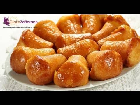 Rum soaked cakes from the Neapolitan cookbook -- enjoy these boozy delights from GialloZafferano, Italy's #1 food website.  Find this and many more recipes on the Giallozafferano App in English http://itunes.apple.com/app/giallozafferano-recipes/id384387249?mt=8    ***    Welcome to the GialloZafferano kitchen. I'm Sonia and today we'll be makin...