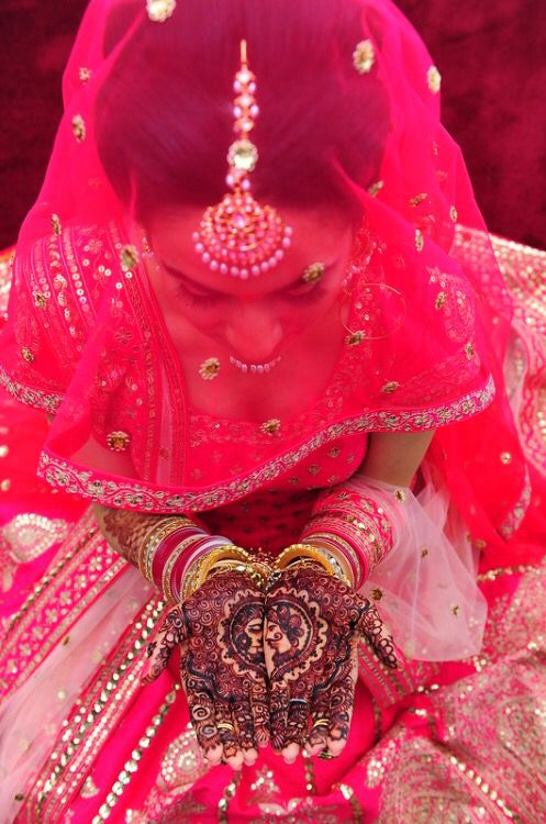 Vibrant pink lengha for a Punjabi summer wedding, with the perfect amount of details