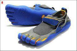 hot sale 5 fingers men women toe hiking shoes man magic button outdoor climbing shoes sports sneakers 7326D