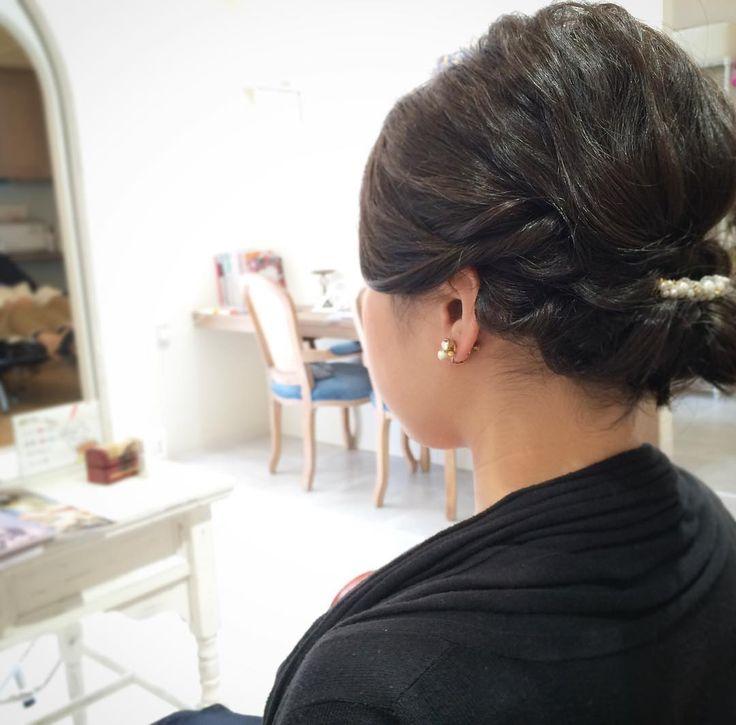 today's hair style☆  ゴテゴテし過ぎずシンプルに☆ . #ヘアセット #セット #ヘアアレンジ #アップスタイル #ツイスト #編み込み #ねじねじ #ヘアアクセサリー #シンプル #もふもふ #タイト #結婚式 #ルーズ  #フェミニン #ブライダル #パーティー #二次会 #ファッション #メイク #ありがとう #京都 #京都駅前 #美容室 #t2style #love #starbucks #beauty #courarir #courarirkyotoekimae #kyoto