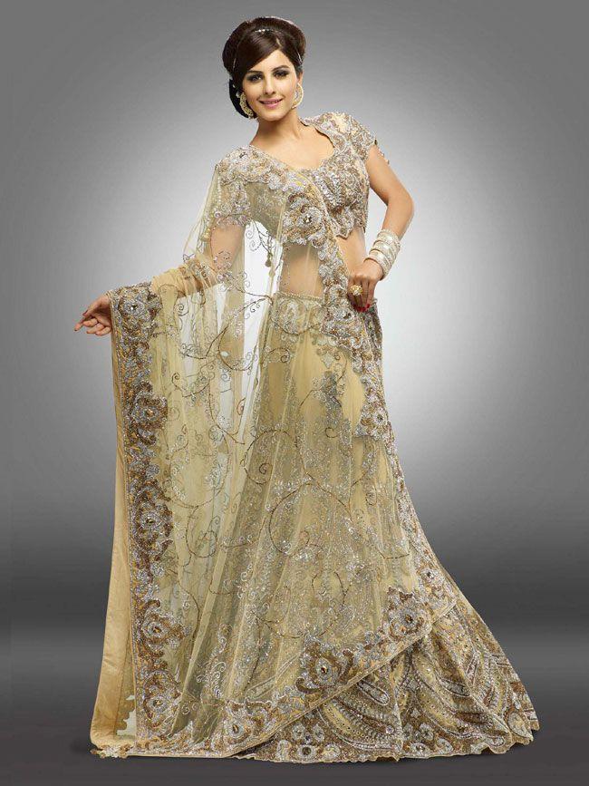 Isha Talwar Hot Saree Photo Gallery (9)