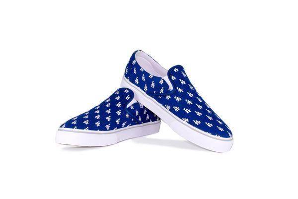 - Canvas upper & lining - Vulcanized rubber outsole - Customized screen print - Unique designs - Cushioned insole - Slip-On construction - 2LAD1502