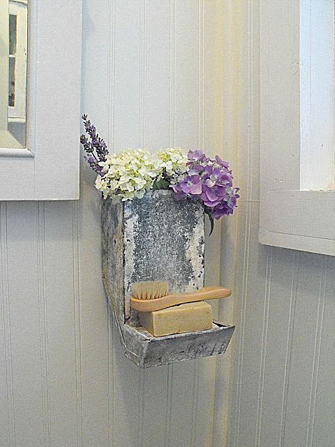 Rustic Farmhouse: Re-purposed! Old rabbit feeder as soap dish-super cute!