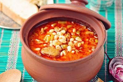 Kuru Fasulye (Baked beans dish)