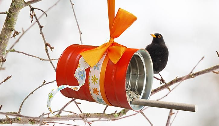 die besten 20 vogelfutterstation ideen auf pinterest vogelfutter v gel f ttern und. Black Bedroom Furniture Sets. Home Design Ideas