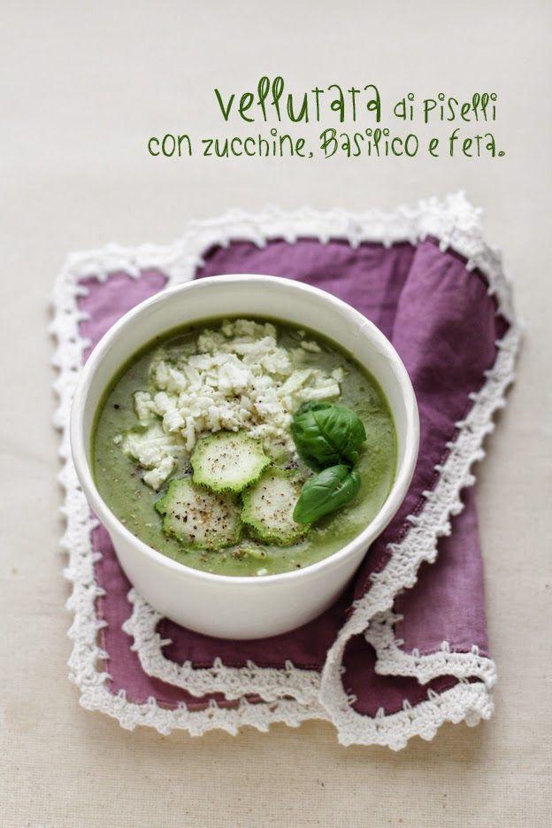 - VANIGLIA - storie di cucina: vellutata di piselli con zucchine, basilico e feta.