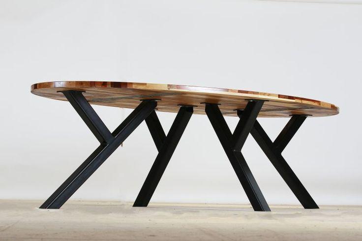 Table de salle à manger indus en bois massif et métal L 210 cm