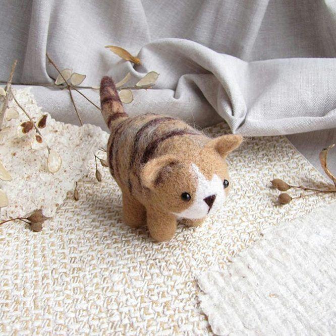 Полосатый арбузик.    #любоидорого #luboidorogo #feltedtoy #felteddoll #doll #wooltoy #craft #handmadetoy #felt#felttoy #gifttoy  #кукла#doll #handmade #ручнаяработа #идеяподарка #crochet#интерьернаякукла#interior#кот#кошка#cat#kitty