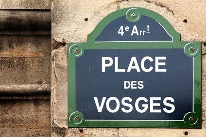 Around the Hotel place des vosges Paris France