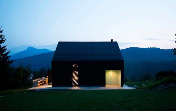 Tomislav Soldo designed the Black Lodge made of aerated concrete blocks - CAANdesign | Architecture and home design blog