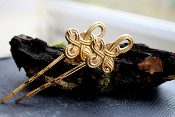 NEW Gold Celtic Knot bobby pin  Gold celtic knot by OrchhaJewels