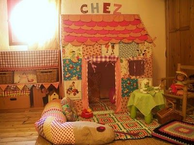 playhouse for girls | Fabric playhouse in a little girl's bedroom