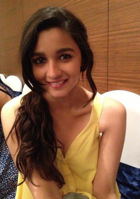 Bollywood Actress Alia Bhatt Hot Images