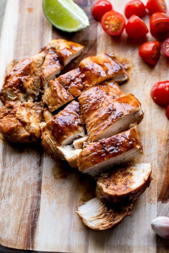 Курица гриль с томатами и лаймом. #курица #гриль #chicken #barbecue