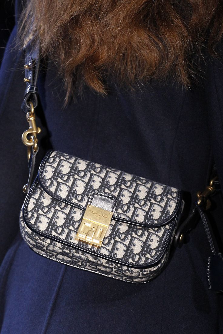 Christian Dior Fall 2017 Ready-to-Wear Accessories Photos - Vogue
