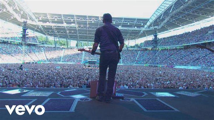 Bruce Springsteen - You Never Can Tellhttps://youtu.be/L-Ds-FXGGQg?list=RDBYF8IntUFZI