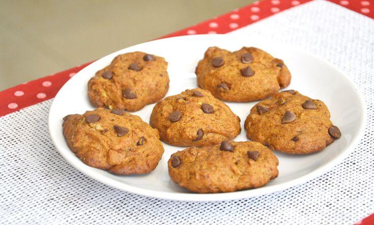 עוגיות בננה עם שוקולד צ'יפס ( צילום: אפרת סיאצ'י )