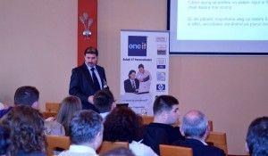 Luna mai a insemnat pentru oamenii de afaceri din zona metropolitana Baia Mare oportunitatea de a participa la un seminar pe teme de tehnologie si promovare online, pe care l-am organizat in parteneriat cu compania SilkWeb. Cei prezenti au aflat noutati din domeniul noilor softuri destinate securizarii  .... - See more at: http://www.nicuontiu.ro/cum-iti-cresti-business-ul-cu-internetul-si-tehnologia/