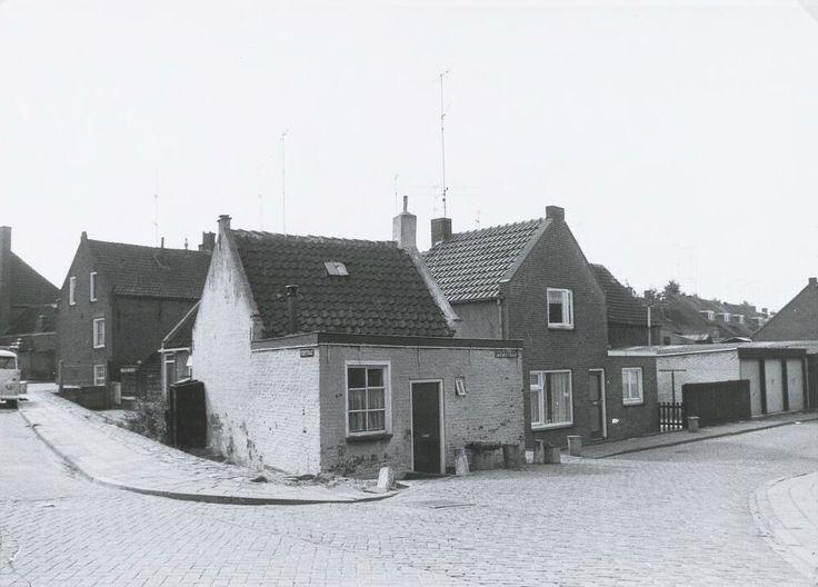 Stoofstraat, Zevenbergen. Het huisje is afgebroken in 1968