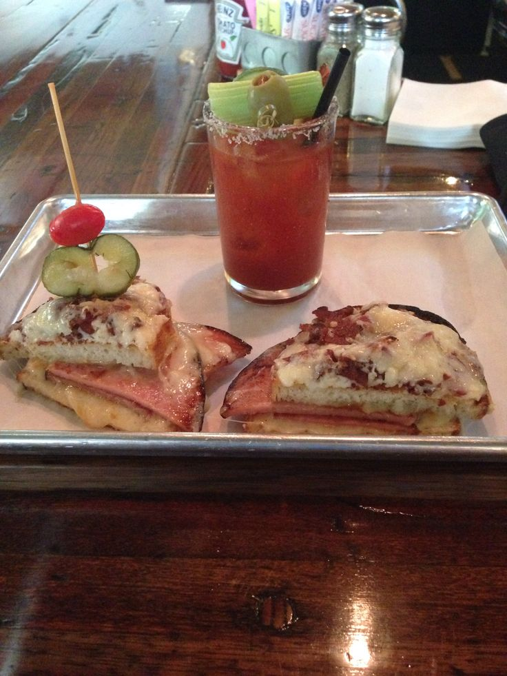 Croque Monsieur (w/bacon) and a bacon-infused Bloody Mary at Dallas Grilled Cheese #bishopartsdistrict #dallasgrilledcheese #bacon