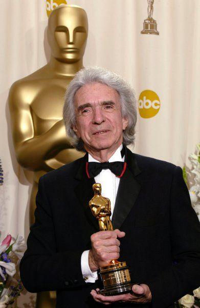 """""""Love Story""""-Regisseur: Oscarpreisträger Arthur Hiller ist tot - http://ift.tt/2bdXN1b"""