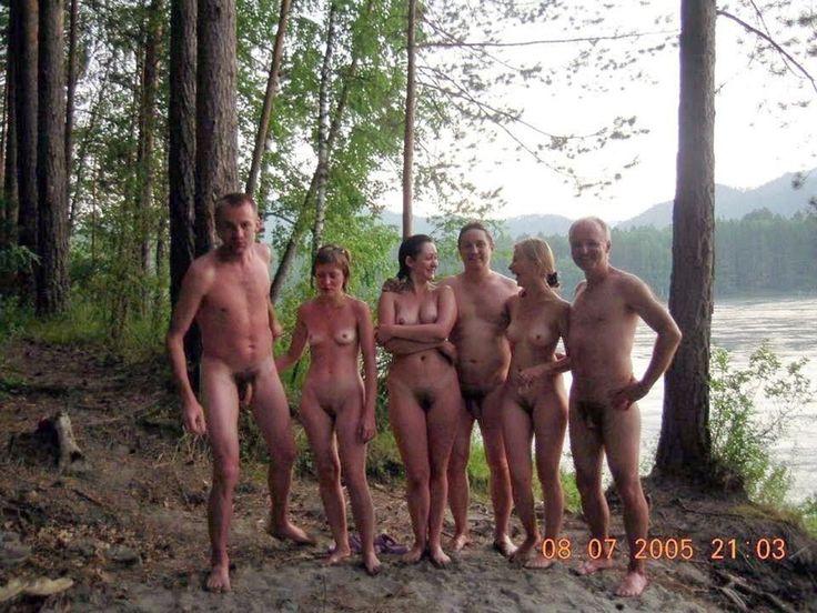 Порно нудисты семья фото