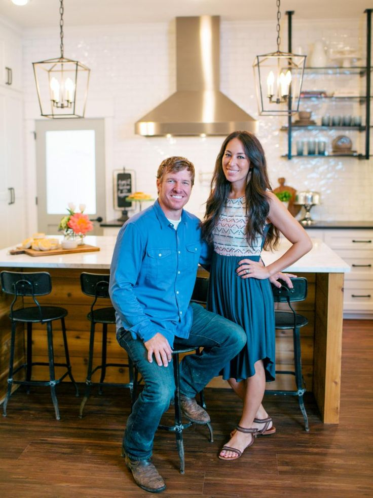 1403 best fixer upper chip joanna gaines images on - Chip et joanna gaines ...