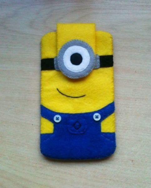 Funda móvil minion - artesanum com Felt diy, Felt toys, Felt