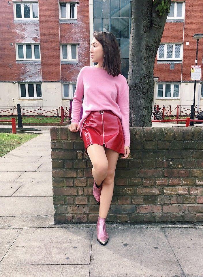 Bruna M. - On wednesdays we wear pink