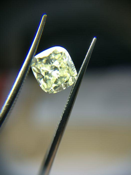 0.91 ct kussen cut diamond Fancy licht gele SI2  -Cert nr.: 1176548500-Kussen-0.91 ct-Mooie licht geel-SI2-Zie certificaat voor meer details.  EUR 850.00  Meer informatie