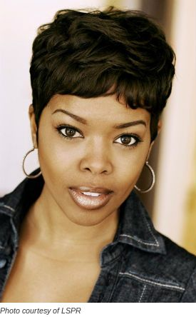 Malinda Williams....often told that we look alike.  I see it in this pic of her ( I used to wear my hair like this)