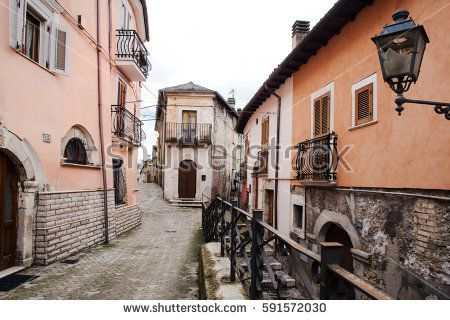 Popoli historical downtown