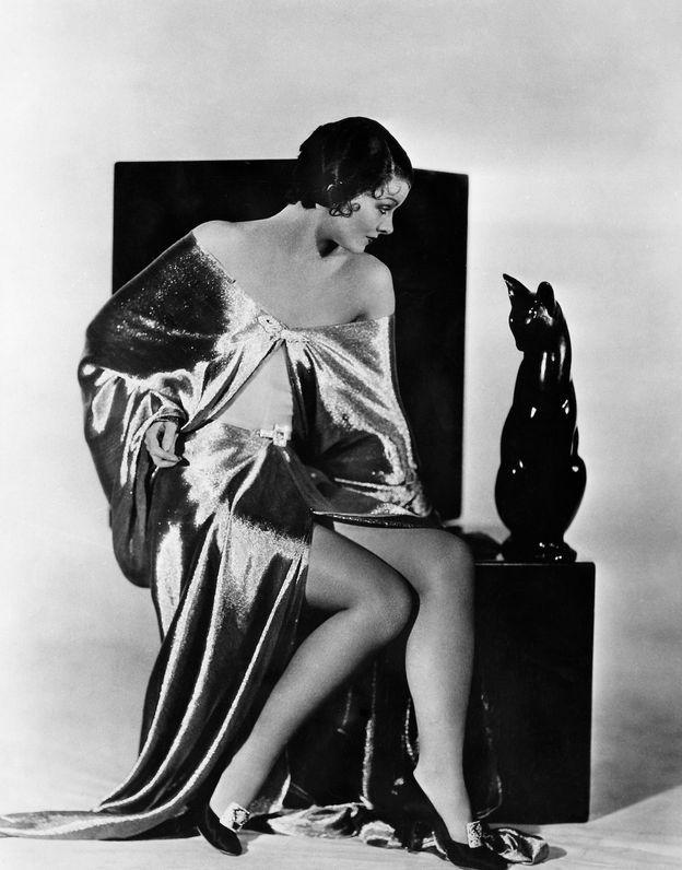 Myrna Loy & cat, 1938
