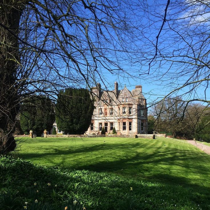 In its present Scottish-Baronial form Castle Leslie County Monaghan dates from 1874 when it was designed to replace a much older house by William Henry Lynn for Jack's great-grandfather Sir John Leslie first baronet. #Ireland #SirJohnLeslie #UncleJack #CastleLeslie #Monaghan theirishaesthete.com
