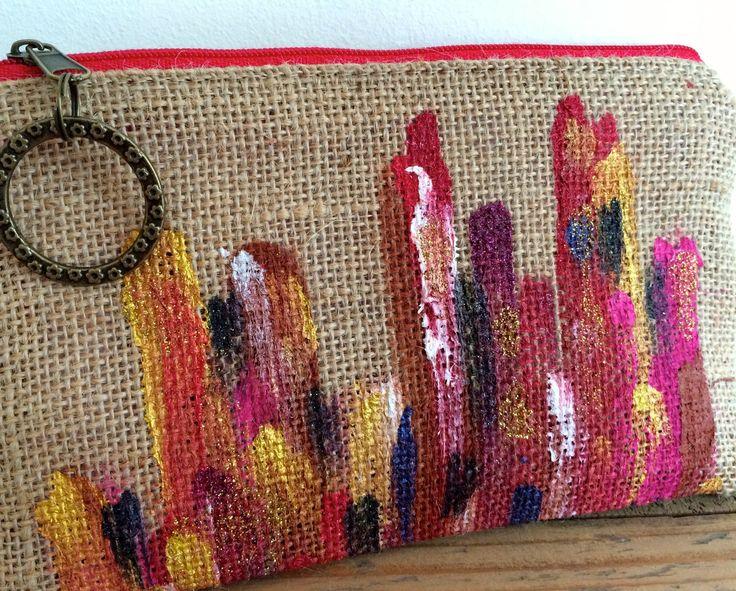 Mini Pochette en toile de Jute peinte à la main : Sacs à main par les-sacs-d-alex