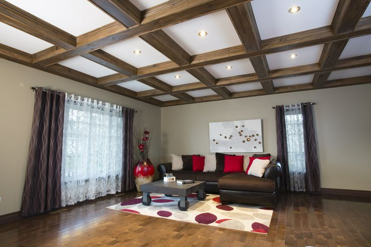 rev deco plafond caissons en pin noueux avec fausses poutres tr s faciles installer www. Black Bedroom Furniture Sets. Home Design Ideas