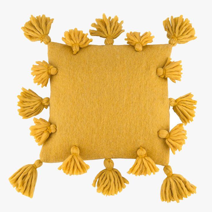 Best 25 Mustard Yellow Decor Ideas On Pinterest Blue