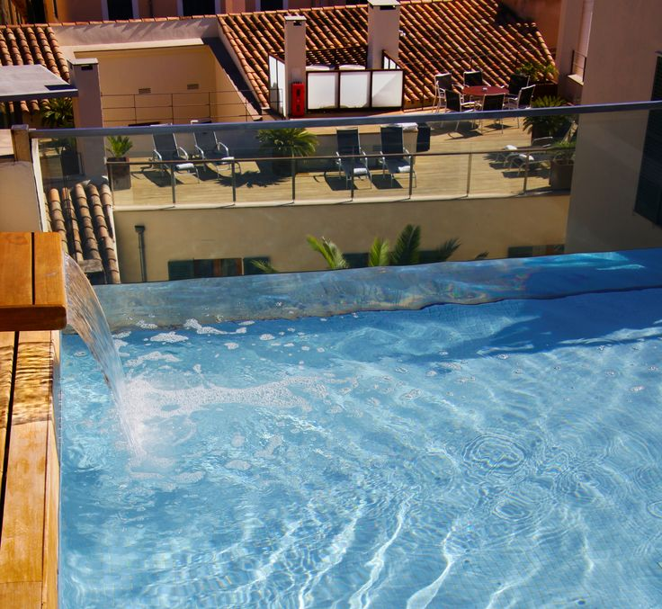 Hotel Tres | Boutiquehotel | Spain | http://lifestylehotels.net/en/hotel-tres | outside, terrace, pool, view, water, swimming