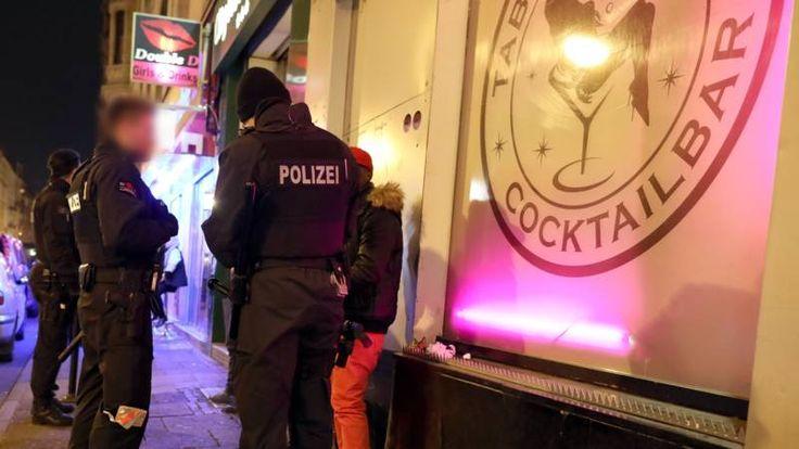 Begin februari 2017 verscheen in de grootste Duitse krant Bild een artikel over een massa-aanranding op oudjaar in Frankfurt . Maar al snel bleek het om nepnieuws te gaan. De uitbater van de bar die het bericht gelanceerd had, bleek een aanhanger te zijn van Pegida, een extreemrechtse groepering. De redactie van Bild bood haar excuses aan.
