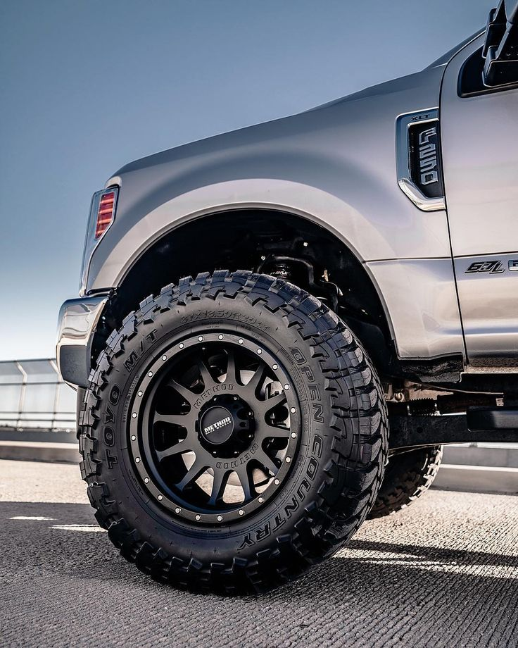 Ford F250 in 2020 Method race wheels, F250, Black wheels