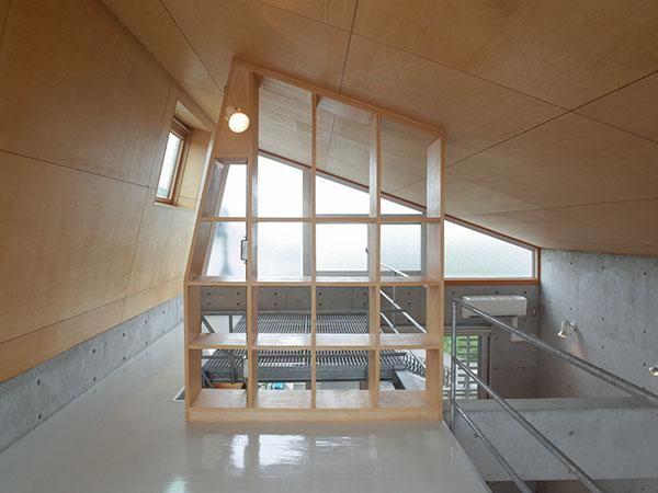 ノコギリ屋根の家 (横浜市神奈川区片倉の物件) - 東京R不動産